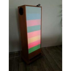 Tablica Kolorowa drabina z głośnikami i 2 mikrofonami na mobilnej podstawie