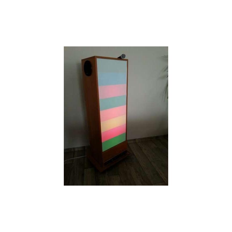 """Tablica """"Kolorowa Drabina"""" z głośnikami na mobilnej podstawie"""