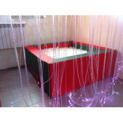 Basen z podświetlanymi piłeczkami 160x160x60 cm