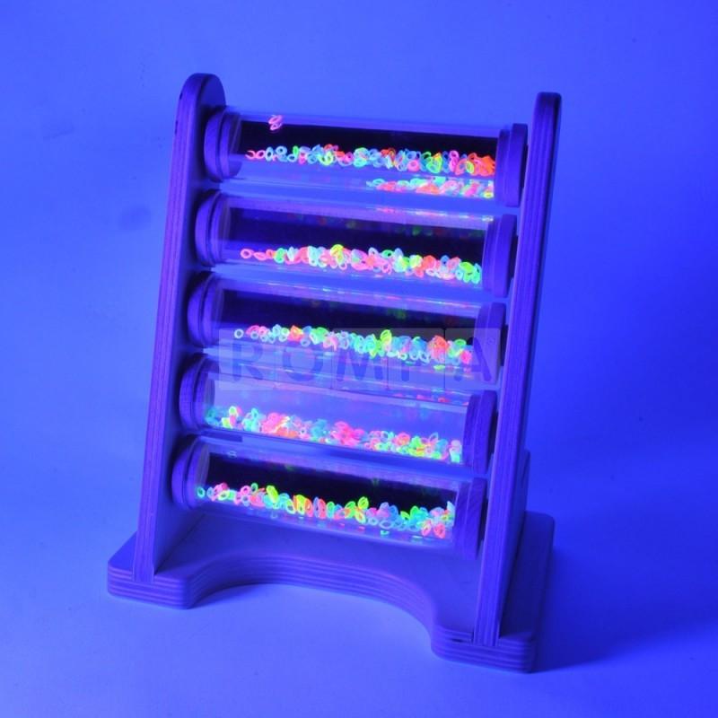 Fluorescencyjne tuby na stojaku