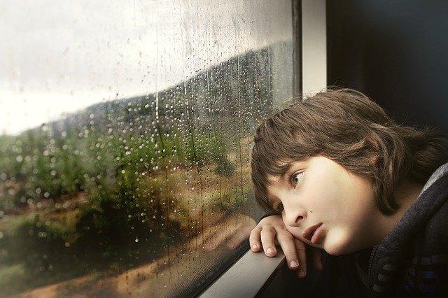 oObjawy autyzmu u dzieci